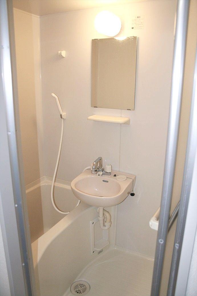 バス・トイレ別のお風呂です