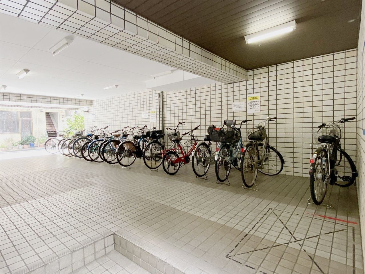 池袋の分譲賃貸マンション 池袋ダイカンプラザ 自転車置き場は有料です月1,000円