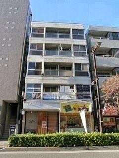 南浦和駅 徒歩3分と通勤通学に便利な桜新ビルです