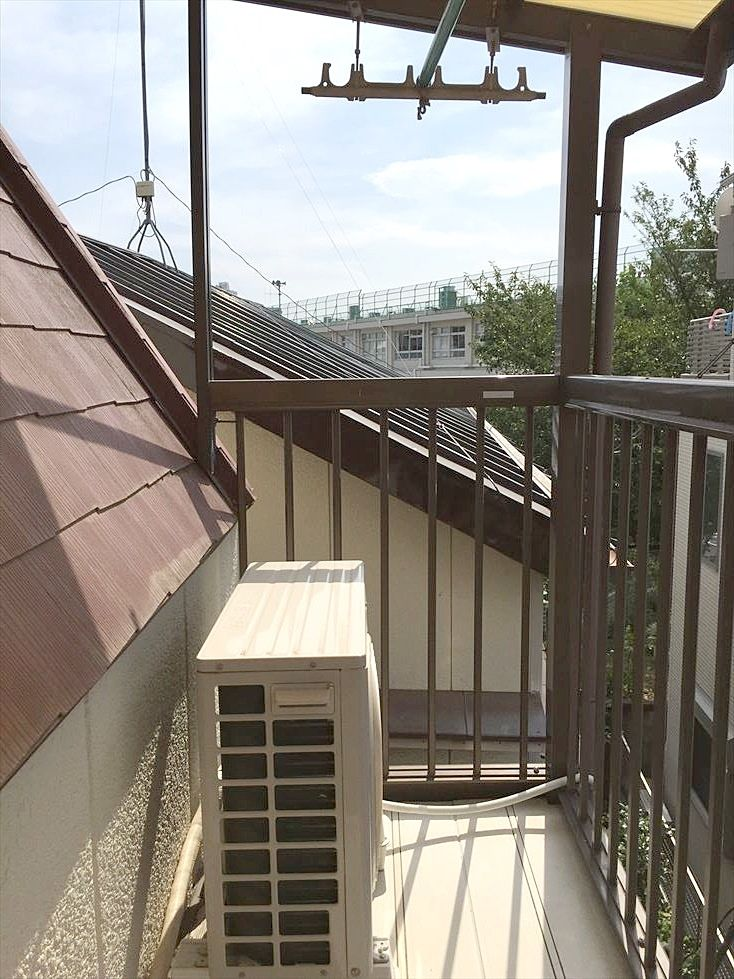 池袋の賃貸マンション サンコーポⅠのバルコニーです。南向きで明るく洗濯物もばっちり乾きます