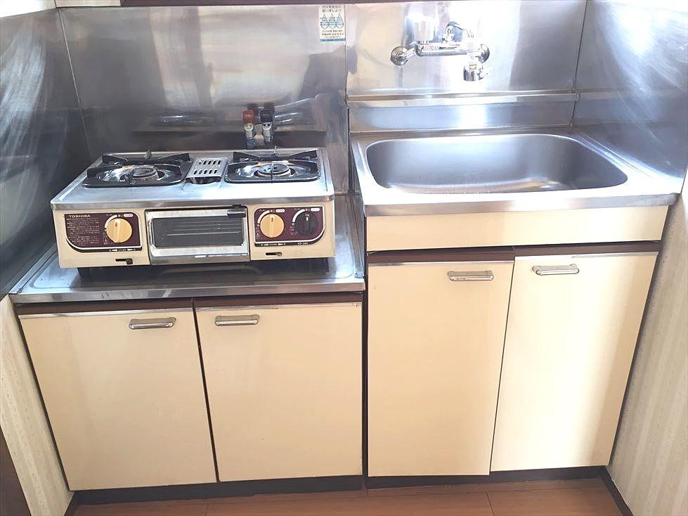 池袋の賃貸マンション サンコーポⅠのキッチン ガスコンロ2口設置済みです