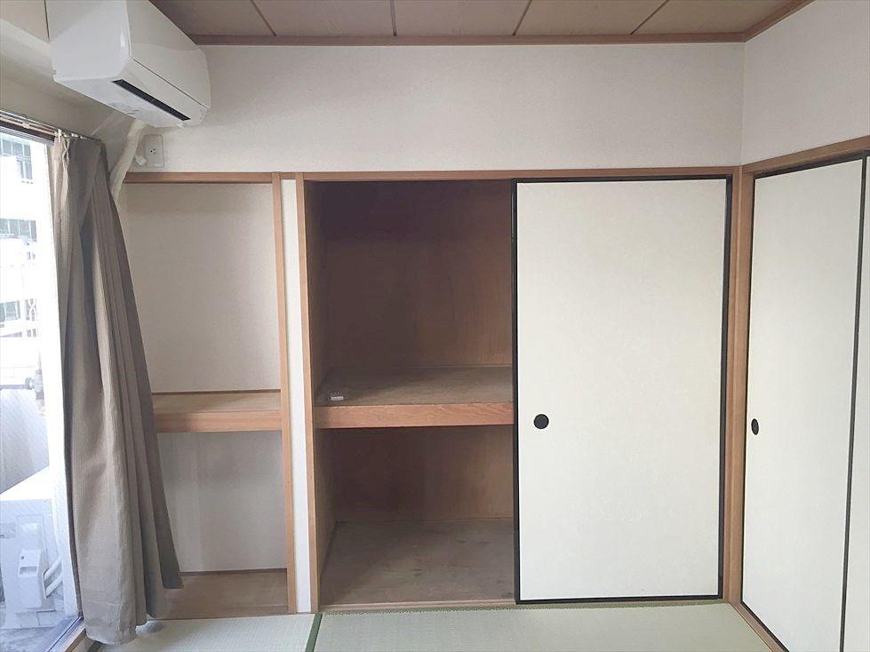 クレインヴィレッジ306号室の収納は押入タイプ。たっぷり入り部屋を広く使えます