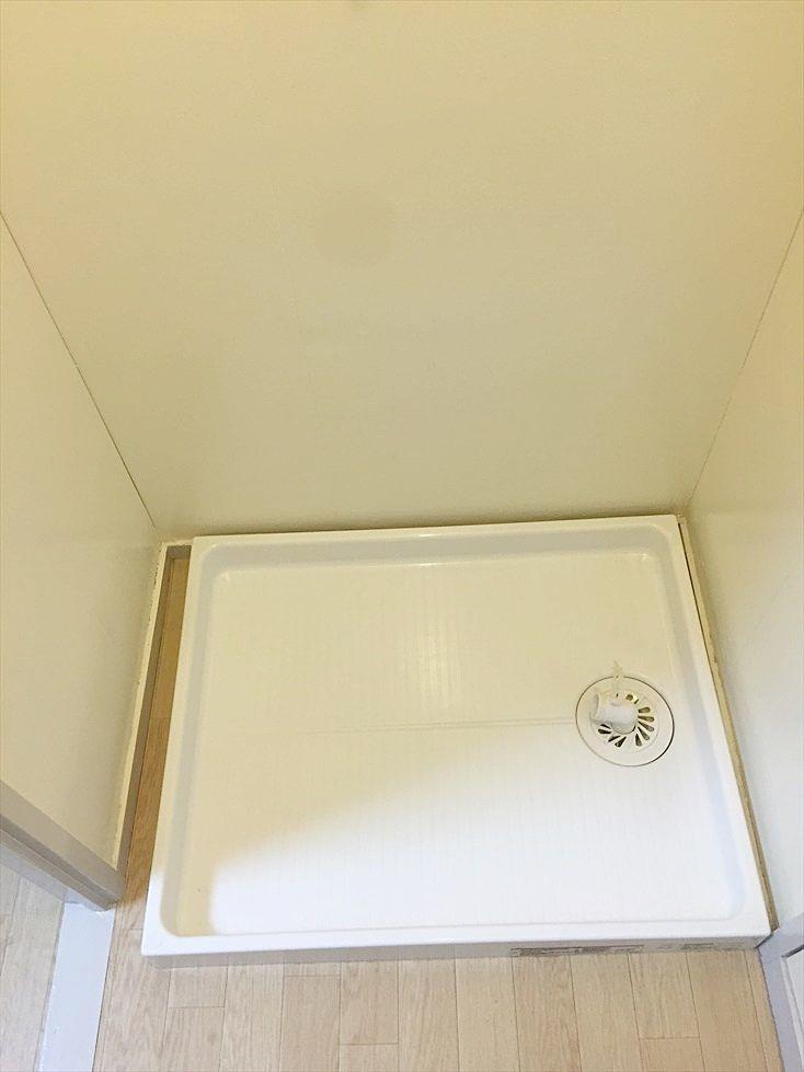脱衣所に室内洗濯機置き場あります