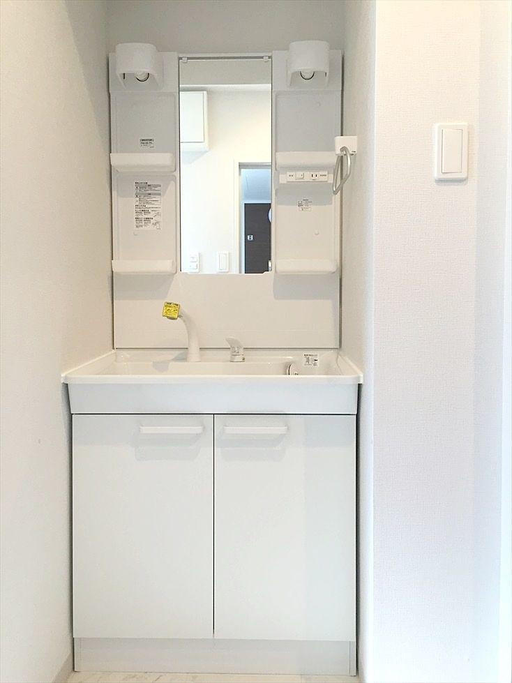 ラ・パーチェ池袋302号室は脱衣所に独立洗面台があります。