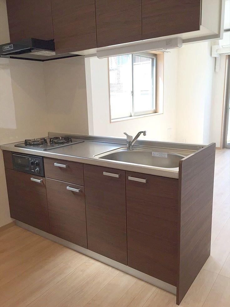 ラ・パーチェ池袋302号室はカウンターキッチンで料理が楽しくできますね