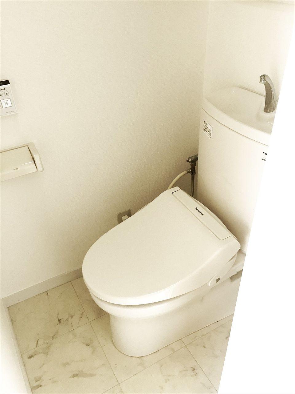 J818ビル5階のトイレです