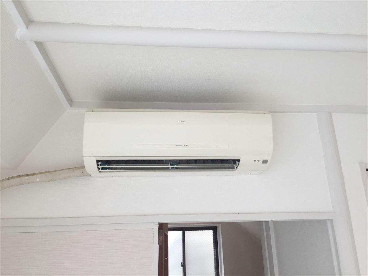 各階にエアコン3台設置済みです