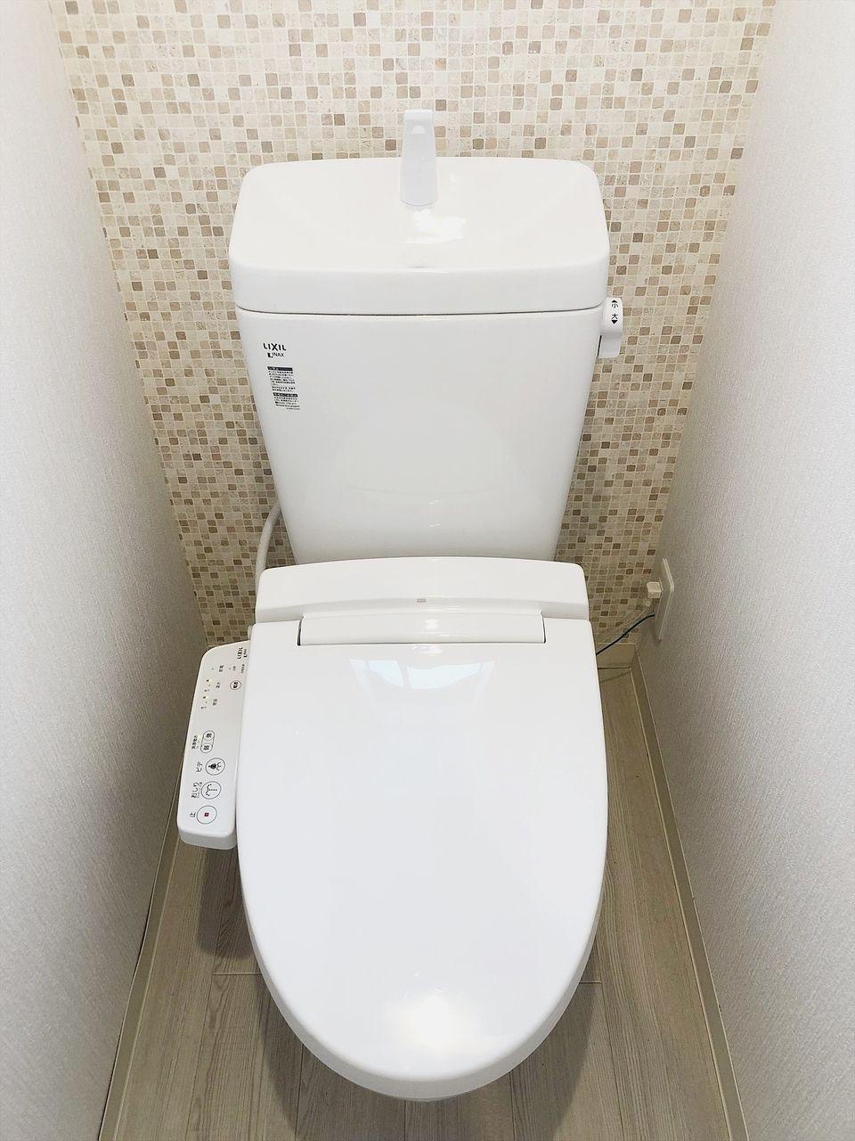 オーレ池袋西 バス・トイレ別のトイレです