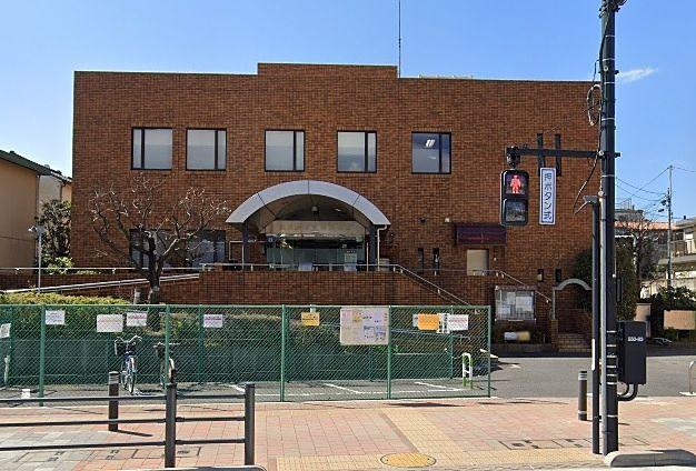 豊島区の蔵書がオンラインで取り寄せできる豊島区立池袋図書館 パークアゼリアから徒歩2分です