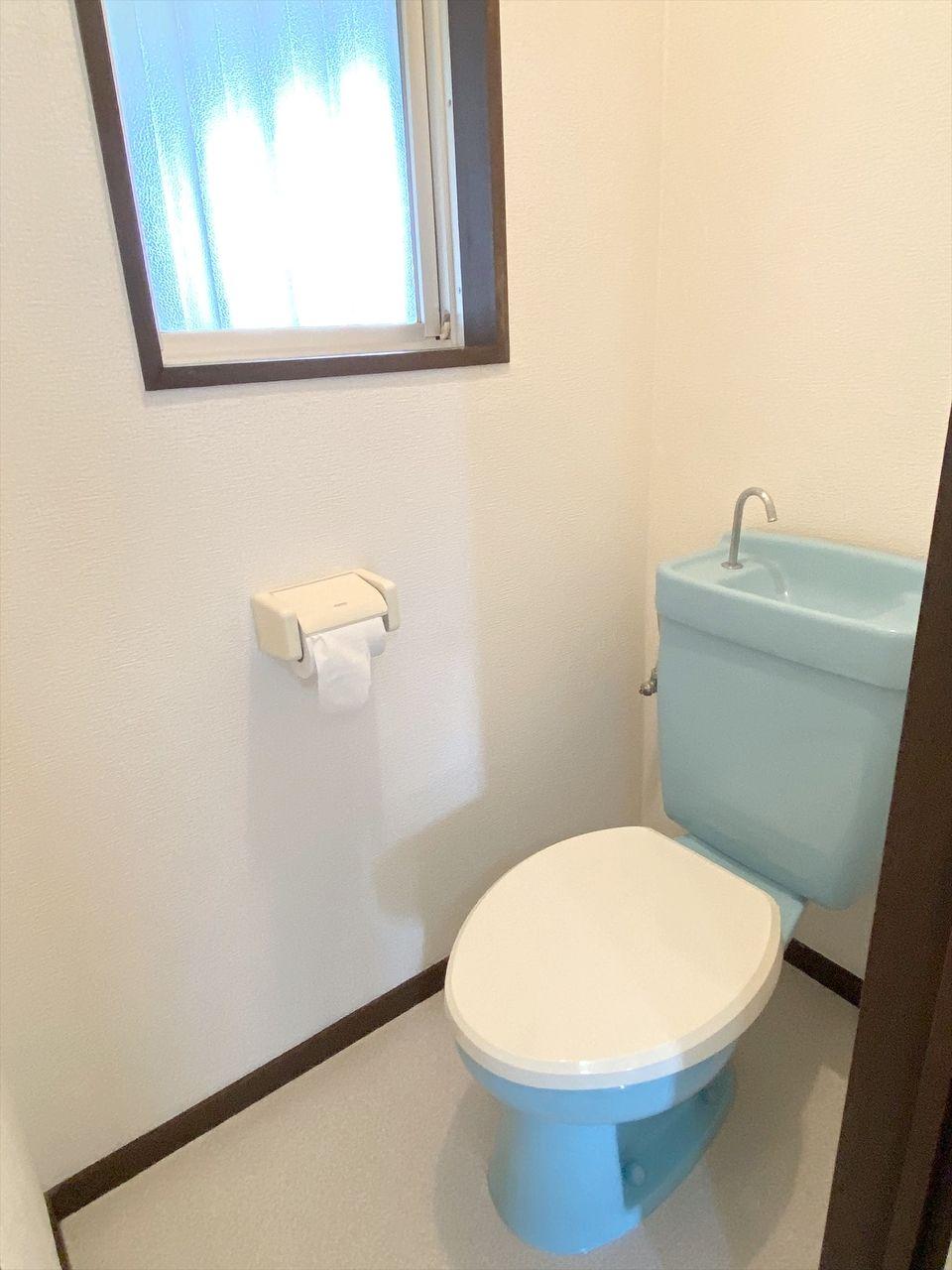 ベルパークのトイレ バス・トイレ別です。ウオシュレットを新規に設置しています