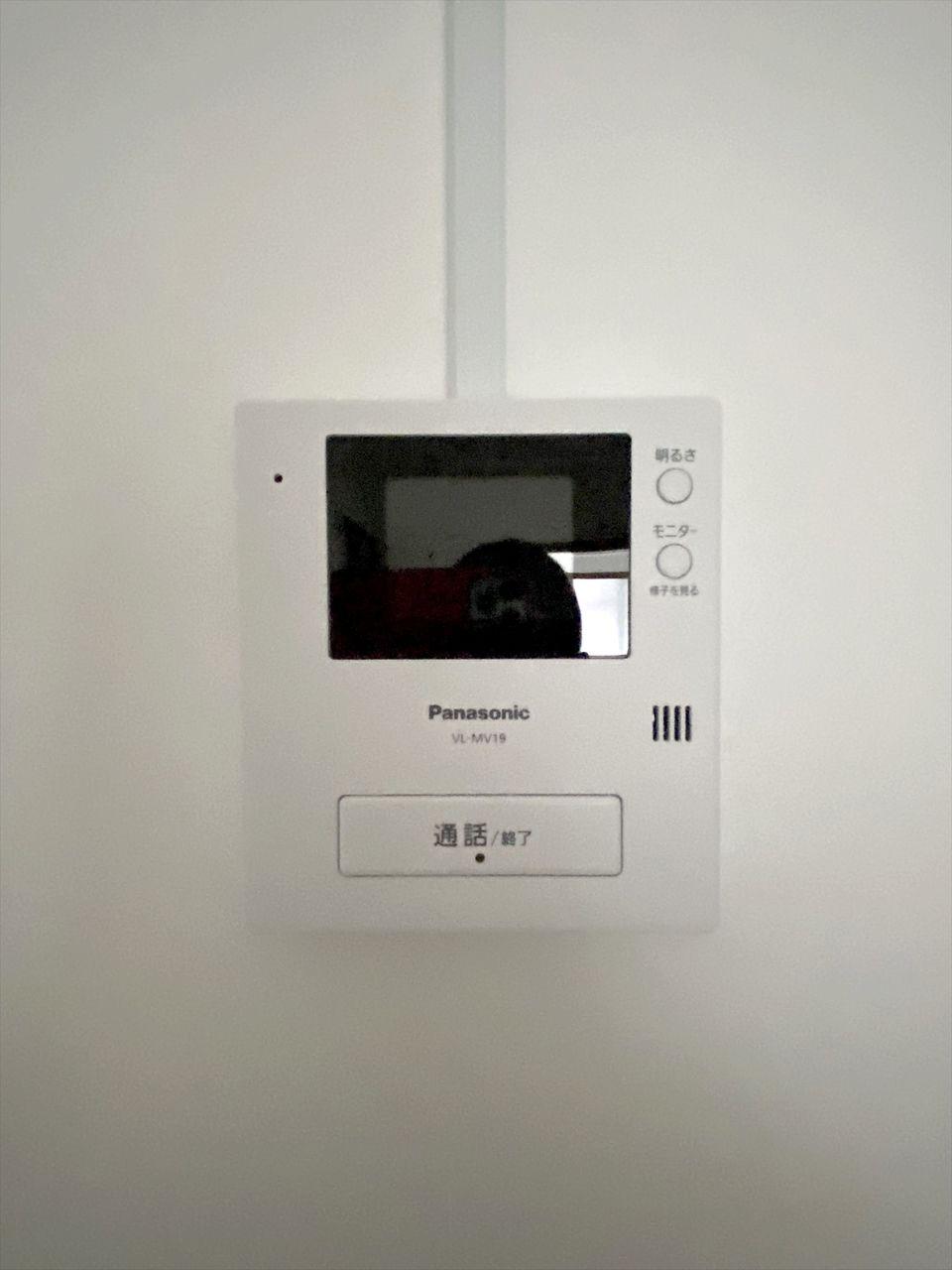 ハセガワハイツにモニター付きインターホンを新規に設置しました