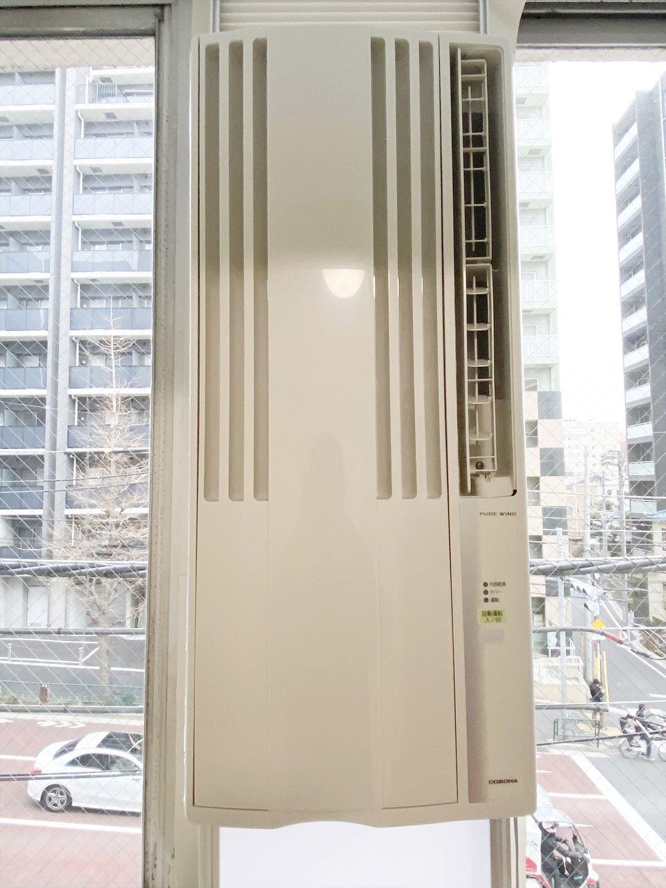 ハセガワハイツ エアコンを新規に設置しました。サンルームにウインドウタイプです