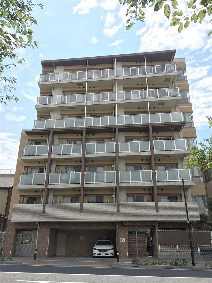 立教大学近くの分譲賃貸マンション ライオンズクオーレ池袋ソシア オートロックの綺麗な建物です
