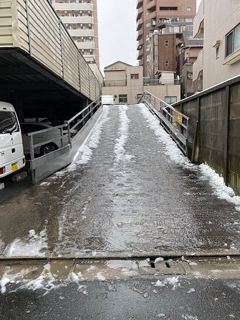 雪降る日の仕事
