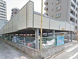 空き予定の内に予約が入る人気のペック駐車場です。舗装・平置きの2階建て・2t車まで駐車可能です